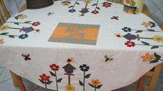175  Toalha de mesa by MarguitaP, via Flickr