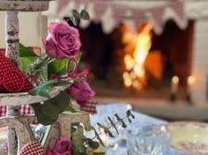 Valentino, Table Decorations, Home Decor, Decoration Home, Room Decor, Home Interior Design, Dinner Table Decorations, Home Decoration, Interior Design