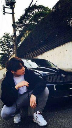 in which bts' jeon jungkook is in a relationship with model Kim Taehy… # Fanfiction # amreading # books # wattpad Bts Jungkook, Namjoon, Jungkook School, Jung Kook, Busan, Foto Bts, Bts Memes, Jikook, Kpop