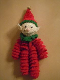 how to elf pattern; how to make a Christmas elf. this reminds me of a jingle doll my mom made me when I was little. I'm 53 yrs.Makkelijk te maken kerst elfje met patroon - Easy to make Christmas elf with free patternChristmas Elf Decoration ( not an Elf Decorations, Crochet Christmas Decorations, Crochet Ornaments, Christmas Crochet Patterns, Holiday Crochet, Crochet Gifts, Crochet Dolls, Free Crochet, Christmas Elf