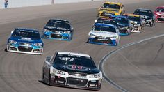Red-hot driver Kevin Harvick will start in the pole position at the CampingWorld.com 500 in Phoenix on Sunday.
