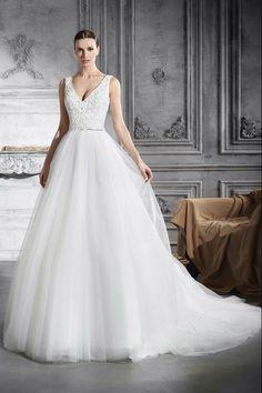 Νυφικά Φορέματα Demetrios Collection - Style 797