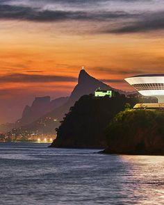 Parece uma pintura #BoaNoite#GoodNight✌ #Niteroi #RioDeJaneiro✌ Use#goodinRio✌ Foto linda linda do@higordepadua  . ♻www.goodinRio.com♻ . . #NatureLovers #Nature#Rio#trip #Brazil #errejota#021 #instagram #carioquissimo #cariocando #sunset  #trilhandomontanhas #vejario #paradise #destinoerrejota  #destinationearth #discoversouthamerica #instalike #igers #ig_riodejaneiro #jornaloglobo #livetravelchannel