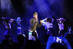 Pharrell, Beyoncé, Dakota Johnson, and More Toast Chanel's Métiers d'Art Show With Karl Lagerfeld