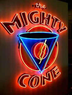Placed right in the middle of all the South Congress action, their chicken cones are the perfect combo of salty/crunchy and tangy/sweet. Old Neon Signs, Vintage Neon Signs, Custom Neon Signs, Old Signs, Neon Moon, Restaurant Signs, Neon Nights, Drink Signs, Sign Lighting
