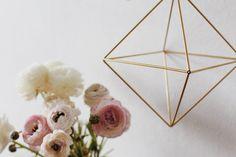 Super DIY : la suspension géométrique en laiton.  diy-géométrique-suspension-tubes-laiton-mademoiselle-claudine