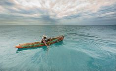 Canoeing off the coast of Mozambique. Photo by Dale Morris (South Africa).