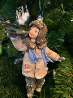 1 million+ Stunning Free Images to Use Anywhere Christmas Toys, Merry Christmas, Christmas Ornaments, Hand Painted Dishes, Cotton Crafts, Free To Use Images, Diy Dollhouse, Xmas Decorations, Handmade Toys