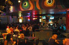 23 Free Things To Do In Las Vegas: Carnaval Court at Harrah's Las Vegas
