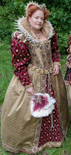 Elizabethan Golden Gown by Angela Mombers