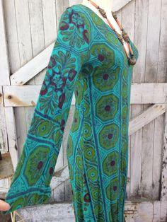 1970s batik print gypsy dress 70s festival cotton maxi dress size medium Vintage ethnic hippie dress by melsvanity on Etsy