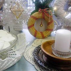 #joulu #kranssi #kynttilä #puuvati #sorvattu #virkattu #sokeritärkkelys #soodataikina #himmelimobile #alpakka lautanen #liisako
