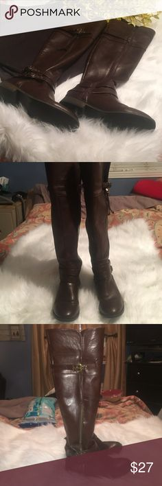 Beautiful Mossimo boots with zippers and buckles. Beautiful Mossimo boots with zippers and buckles. These boots are in excellent, like new condition. They've been worn 1 time. They were too big for my sister. Sz 7,5. A must have for your Fall wardrobe!! Shoes Heeled Boots