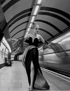 While it may be difficult to discover modern photography that rivals the astonishingly sophisticated and alluring vintage works of Henry Clarke, some of which were taken as many as 70 years ago, every once in a while, something passes by that is completely and stunningly beautiful . . .    Golden Years, Vogue UK - October 2007 - shot in the London underground by Corinne Day.