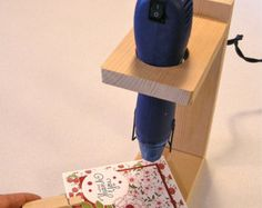 Embossing Heat Tool Holder and Rest with Spatula, solid Pine
