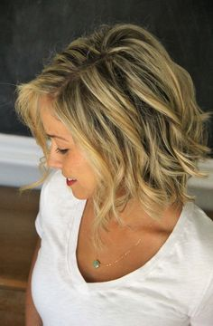 curl short hair with a straightener