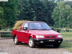 Skoda Felicia Pickup The Škoda Felicia is a small family car produced by the Czech automaker Škoda Auto between 1994 and 2001 - 2001 for. Small Pickups, Pickup Car, Honda Ridgeline, Car Tuning, All Cars, Felicia, Pick Up, Free Pictures, Concept Cars