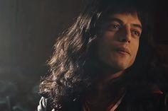 Tumblr Rami Malek Freddie Mercury, Queen Freddie Mercury, Rami Malek Queen, Pretty People, Beautiful People, Queen Movie, Epic Movie, Real Queens, Somebody To Love