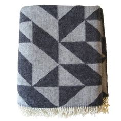 Dark gray Twist a Twill blanket by Ratzer.