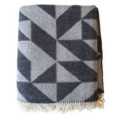 Dark gray Twist a Twill blanket by Ratzer.