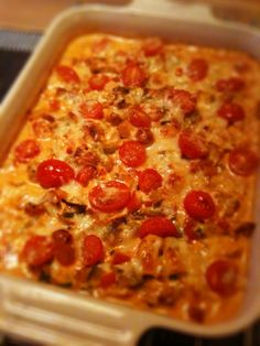 Curry chicken gratin on la Åse – Oppskrifters Pepperoni, Lchf, Macaroni And Cheese, Food And Drink, Low Carb, Pizza, Yummy Food, Cooking, Ethnic Recipes