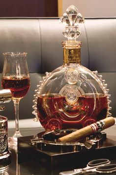 How to Pair Cigars with Spirits, Wine and Beer — Gentleman's Gazette Cigars And Whiskey, Good Cigars, Pipes And Cigars, Bourbon, Malbec, Cigar Bar, Cigar Room, Billionaire Lifestyle, Luxury Living