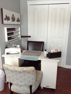 Small space home nail salon decorating ideas and set up | nail technician room ideas | nail station ideas