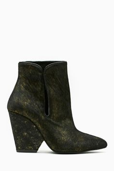 33f119012764 631 Best fall   winter shoes images