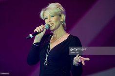 Claudia Jung bei einem Auftritt bei der Schlagerstarparade in Hamburg, o2 World Arena