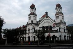 At the roundabout of the monument of Tugu Muda, there is an old art deco-style building, looks sturdiness but exotic. It is located in Semarang, the capital city of Central Java, Indonesia. The bui...