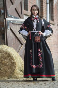 Discover recipes, home ideas, style inspiration and other ideas to try. Traditional Fashion, Traditional Outfits, Norway Roadtrip, Norway Travel, Norway Culture, Norway Wallpaper, Norway Viking, Norway Oslo, Norwegian Clothing