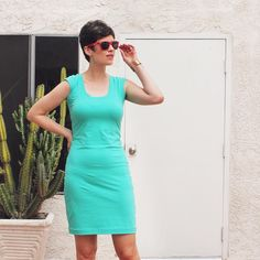 Cap sleeve Nettie Dress by @sewdiyblog in a fabulous colour!
