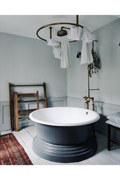 "[i][link url=""http://www.jigcastironbaths.co.uk/baths/cast-iron-baths/""]Jig Baths[/link] offers a similar round tub.[/i]  Like this? Then you'll love  [link url=""http://www.houseandgarden.co.uk/interiors/bathroom""]Bathroom Ideas[/link]"