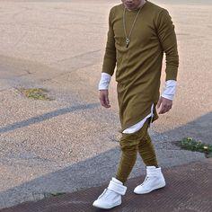 African Shirts For Men, African Dresses Men, African Attire For Men, African Clothing For Men, Mens Clothing Styles, Nigerian Men Fashion, Indian Men Fashion, Mens Fashion Wear, Fashion Mode