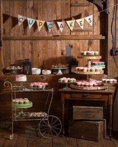 Vintage Wedding Cupcake Dessert Table