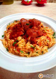 #Γιουβέτσι με #μοσχάρι και #κριθαράκι που γίνεται λουκούμι! #συνταγές #recipe #beef Fried Rice, Fries, Ethnic Recipes, Food, Essen, Nasi Goreng, Yemek, Stir Fry Rice, Meals