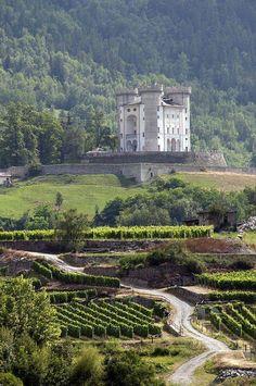 Castello di Aymavilles, Valle d'Aosta, Italy. By Silvio1953