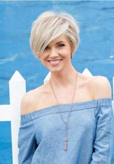Trending Short Hairstyle Ideas For Spring 2018 27