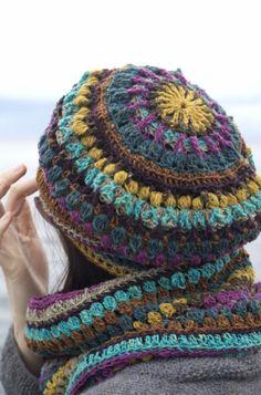 Mandala Hat and Cowl Set crochet pattern by Kraftling