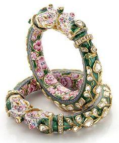 Traditional Indian Polki Bangles - Artistic Elephant Kada Bangle With Diamond Polki, Pink & Green Enamel Bridal Bangles, Gold Bangles, Silver Bracelets, Wedding Jewelry, Jewelry Bracelets, Healing Bracelets, Gold Rings, India Jewelry, Gold Jewelry