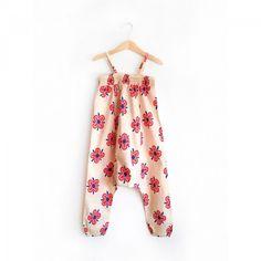 Nadadelazos Ολόσωμη Φόρμα - 70s Flower Rompers, Flowers, Dresses, Fashion, Gowns, Moda, Jumpsuits, Fashion Styles, Romper Clothing