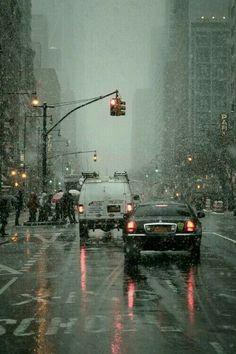 64 new ideas for nature photography rain storms rainy days Rainy Mood, Rainy Night, Rainy Weather, Walking In The Rain, Singing In The Rain, Rain Photography, Street Photography, Winter Photography, Urbane Fotografie