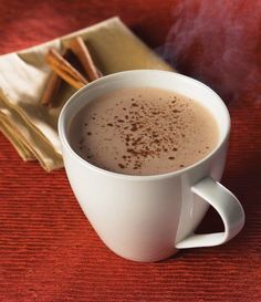 Do you just love Cinnamon in Hot Chocolate? Treat your senses with our Cinnamon Hot Chocolate protein drink! This dietary chocolate drink is low in calories. Healthy Bedtime Snacks, Healthy Protein Snacks, Protein Diets, High Protein, Healthy Breakfasts, Homemade Chocolate, Hot Chocolate, Chocolate Protein, Bariatric Recipes