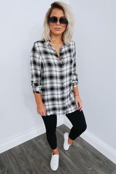 Share to save on your order instantly! Fine Being Me Tunic: Black/White Flannel Shirt Outfit, White Sweater Outfit, Black Plaid Shirt, Plaid Outfits, Fall Fashion Outfits, Casual Fall Outfits, Mom Outfits, Flannel Tunic, White Vans Outfit