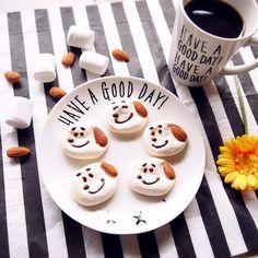 marshmallow cookies ♪ SNOOPY...?? 作ってみたかった、スヌーピーのマシュマロクッキー!! 簡単そうな顔なのに、1つも似てないスヌーピーファンのみなさん、ごめんなさい #marshmallowcookies #marshmallow #cookies #sweets #almond #coffee #snoopy #homemade #マシュマロクッキー #マシュマロ #クッキー #スイーツ #お菓子 #焼き菓子 #おやつ #おうちカフェ #アーモンド #コーヒー #スヌーピー #手作り #手作りお菓子