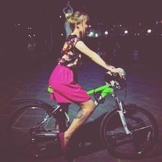 Part of night criterium in Baku #cycling #bicycle #cyclist #keepcycling #bike #criterium #azerbaijan #attractive #baku #asia #exotic #travel #women #girls #girlsonbike