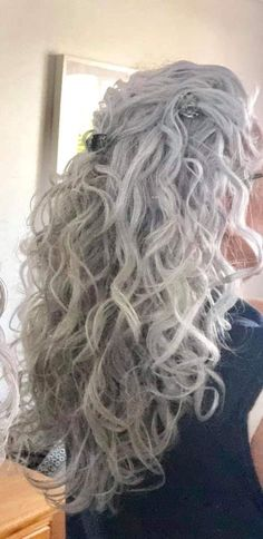 Grayhairstyles grey hair don't care, grey curly hair, long gray hair, Grey Hair Over 50, Grey Ombre Hair, Grey Curly Hair, Long Gray Hair, Silver Grey Hair, Curly Hair Styles, Grey Hair Long Styles, Grey Hair Styles For Women, Lilac Hair