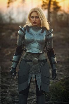 Jeanne D'Arc - Busters. Fantasy Female Warrior, Female Armor, Female Knight, Warrior Girl, Fantasy Armor, Warrior Princess, Medieval Fantasy, Armadura Medieval, Knight