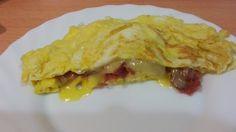 TORTILLA RELLENA DE JAMON SERRANO Y QUESO - La cocina de Masito