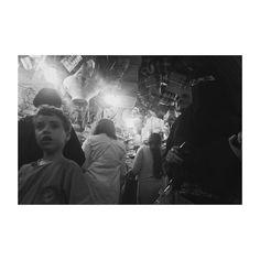 #marrakech #morocco #africa #zoco #people #woman #boy #tourist #tourism #market #souk #tienda #vsco #vscolovers #vscoedit #picoftheday #photooftheday #igers #igersmorocco #igersmarrakech #trip #citytrip #streetphotography #streetstyle